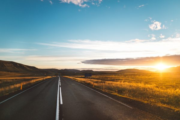 5 Survival Essentials You Need For Any Road Trip